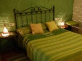 2 bedroom Cave house with Television in Guadix - Guadix vacation rentals