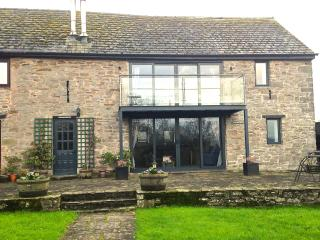 Charming 2 bedroom Barn in Hay-on-Wye with Internet Access - Hay-on-Wye vacation rentals