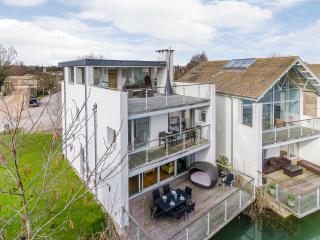Burnt Orchid - The Lower Mill Estate - Cirencester vacation rentals