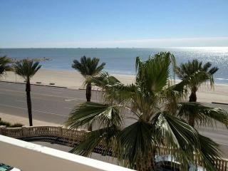 Galveston Beach Vacation Corporate Group Rental - Galveston vacation rentals