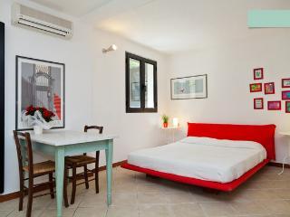 Sardegna: Intimo Studio in Calaginepro - Monte Petrosu vacation rentals