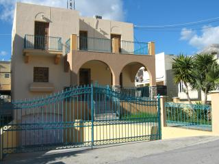 Beautiful House with Internet Access and A/C - Pothia vacation rentals