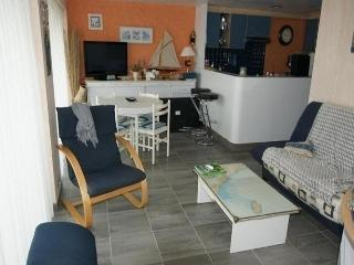 Nice Condo with Television and Central Heating - Croix-de-Vie vacation rentals