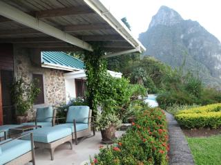 Casual Elegance in a Gorgeous Setting for Family - Soufriere vacation rentals