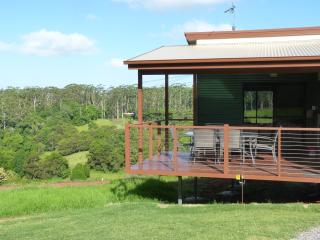 Nice 2 bedroom House in Maleny with Television - Maleny vacation rentals