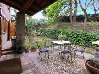 Depandance in Villa Monte Quercione - Zola Predosa vacation rentals