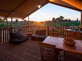 Casa Tuia Carvoeiro, glamping tent 4p. (tent1) - Carvoeiro vacation rentals