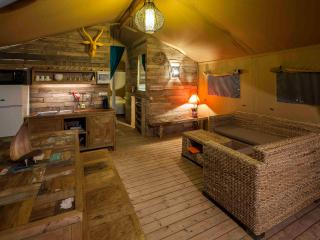 Casa Tuia Carvoeiro, glamping tent 6p.(tent3) - Carvoeiro vacation rentals