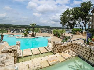 Lakefront, newly renovated, dog-friendly. Shared pools and hot tub! - Lago Vista vacation rentals
