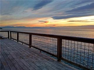 "Sunset Beach Haven - ""Its Like Living On A Boat"" - Oak Harbor vacation rentals"
