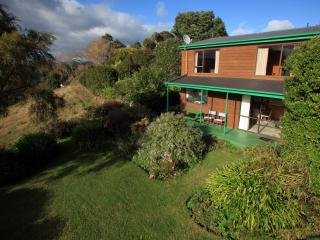 Capeview  - luxury garden cottage in the country - Opotiki vacation rentals