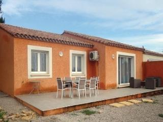 Charming 3 bedroom Montblanc House with Dishwasher - Montblanc vacation rentals