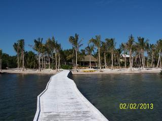 Ocean front,beach,5 acre gated private,tropical - Sugarloaf Key vacation rentals