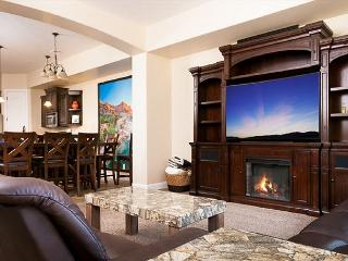 Desert Canyon Paradise, Breathtaking Views 4 Bed - Washington vacation rentals