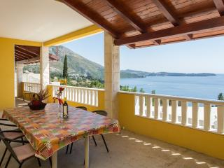 Apartments Sunset - Two-Bedroom Apartment with Balcony and Sea View (4 Adults) - Plat vacation rentals