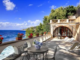 Wonderful 1 bedroom Apartment in Massa Lubrense with Internet Access - Massa Lubrense vacation rentals