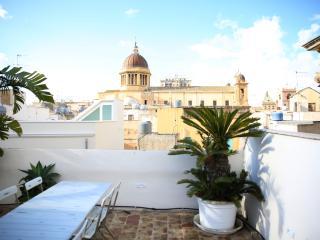Sant'Antonino Home Holidays - Porta Garibaldi Flat - Marsala vacation rentals
