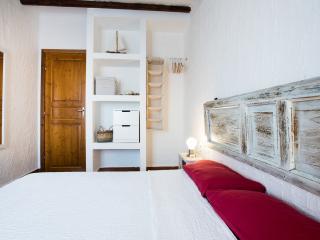 Appartamento a pochi passi dal mare - Calasetta vacation rentals