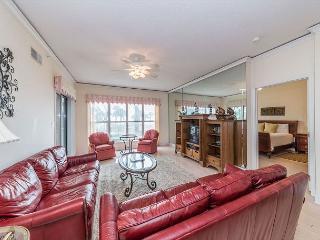 Hampton 5107, Oceanfront View, 2 Bedrooms, Large Pool Jacuzzi, Sleeps 4 - Hilton Head vacation rentals