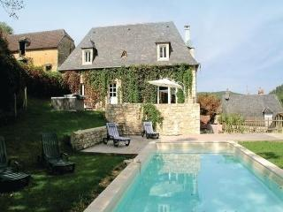 Lovely 3 bedroom Saint-Amand-de-Coly House with Dishwasher - Saint-Amand-de-Coly vacation rentals