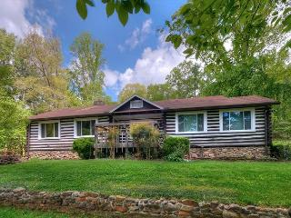 Nice 3 bedroom House in Black Mountain - Black Mountain vacation rentals