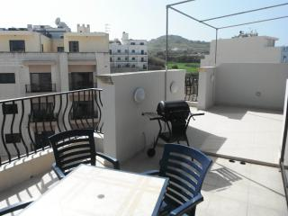 Central Modern 3 Bedroom Penthouse - Saint Paul's Bay vacation rentals