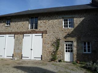 Nice House with Washing Machine and Trampoline - Saint-Dizier-Leyrenne vacation rentals