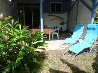 Basse terre F2 en chambre d'hôtes et en gîte - Basse-terre vacation rentals