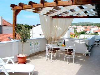 2 bedroom Condo with A/C in Vodice - Vodice vacation rentals