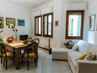 FEDERIGHI LUCY MAISON - Florence vacation rentals