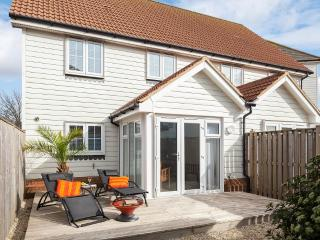 Superb,well equipped seaside house-very near beach - Camber vacation rentals