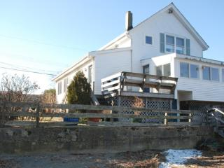 Cedar Cove Cottage: Beachside Unit - Portsmouth vacation rentals