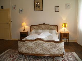 Comfortable 1 bedroom Bed and Breakfast in Fumay with Internet Access - Fumay vacation rentals