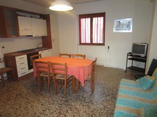 Abitazione a Torre dell'Orso,200 mt dalla spiaggia - Torre Dell'Orso vacation rentals