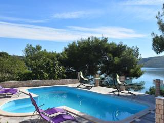 Adorable 7 bedroom Villa in Marina with Internet Access - Marina vacation rentals