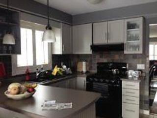 Room for rent in a nice home in Wasaga Beach - Wasaga Beach vacation rentals