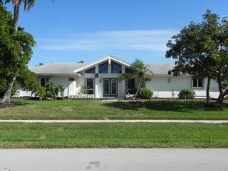 Waterfront House On A Quiet Street- Boat & Pets OK - Marco Island vacation rentals