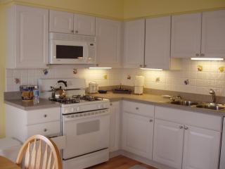 3 Bedroom Condo, 4 houses to beach,near AC Casinos - Brigantine vacation rentals