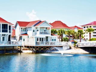 Knot-A-Care: Lake Front, Private Pool, Private Beach Access, Sleeps 15! - Miramar Beach vacation rentals