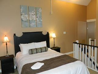 2 bedroom Condo with Internet Access in Blue Mountains - Blue Mountains vacation rentals