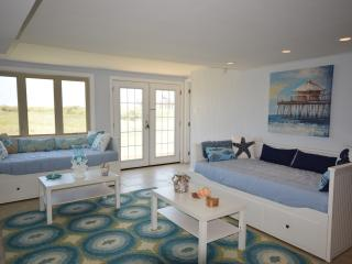 New! Island Getaway- Amazing Panoramic Gulf Views - Surfside Beach vacation rentals