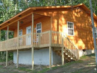 Nice Cabin with Dishwasher and Central Heating - Monterey vacation rentals