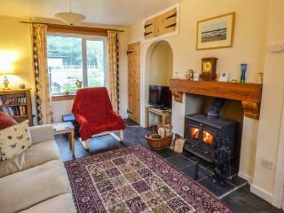 BUNTY'S PLACE, great views, rural location, multi-fuel stove, Chatton, Ref 925319 - Chatton vacation rentals