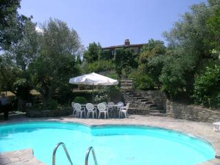 Bright 4 bedroom House in Montegiove - Montegiove vacation rentals