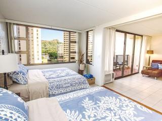 Waikiki Banyan | 1 Block from Beach | WiFi Internet and Parking Incl. - Honolulu vacation rentals