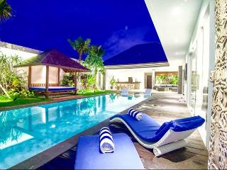 Lovely Luxurious Seminyak Villa with Private Pool - Seminyak vacation rentals