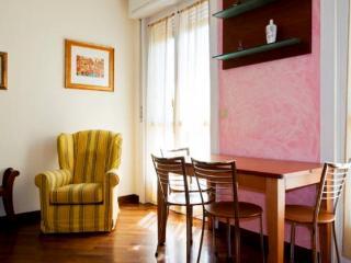 Attico con terrazzo area Tortona - Milan vacation rentals