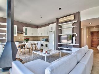 1 bedroom Condo with Elevator Access in Stellenbosch - Stellenbosch vacation rentals