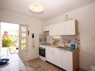 ROZANDA F. - Zarok(2619-6626) - Stara Baska vacation rentals