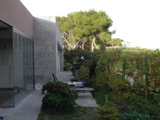 Nice 2 bedroom Sitges Apartment with Internet Access - Sitges vacation rentals